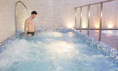 Circuito spa para 2 personas con opción a cena, cava y kit romántico desde 29,95 € en Granada Palace – Spa