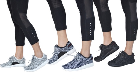 Mata Women's Lightweight Breathable Rubber Running Shoes