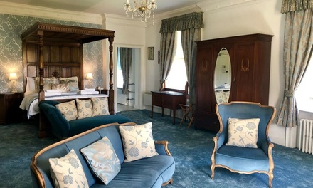 East Riding: Standard or Four Poster Room for Two with Breakfast with Optional DInner Credit at the Rowley Manor Hotel