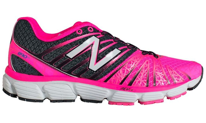 New Balance 890 Runner Women's Athletic Shoes (Sizes 6, 6.5, 8)