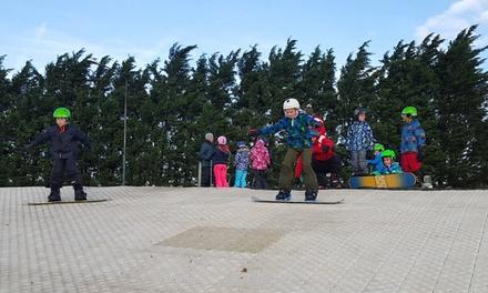 Ski of snowboardfeestje incl. frietjes en ranja voor 612 kinderen bij Outdoorski & Fun Bergschenhoek