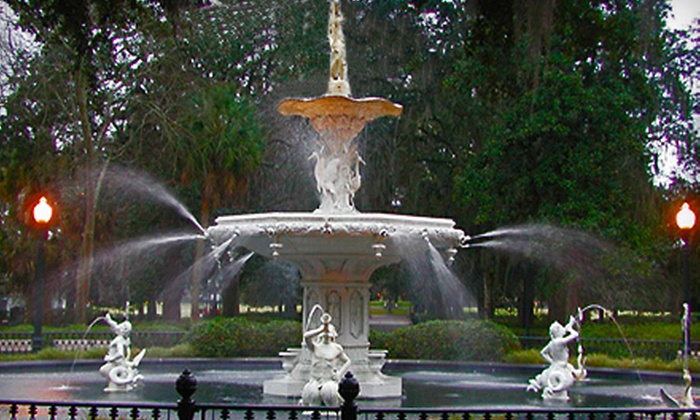 SeeSavannah Tours - Downtown Savannah: $9 for a Historical and Architectural Walking Tour from SeeSavannah Tours ($20 Value)