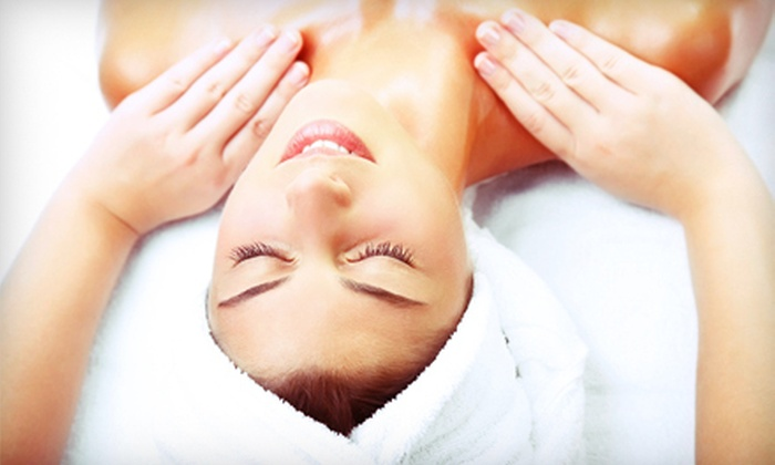 Resplendent Day Spa - Long Beach Municipal Airport: $39 for a 60-Minute Full-Body Swedish Massage at Resplendent Day Spa in Long Beach ($85 Value)
