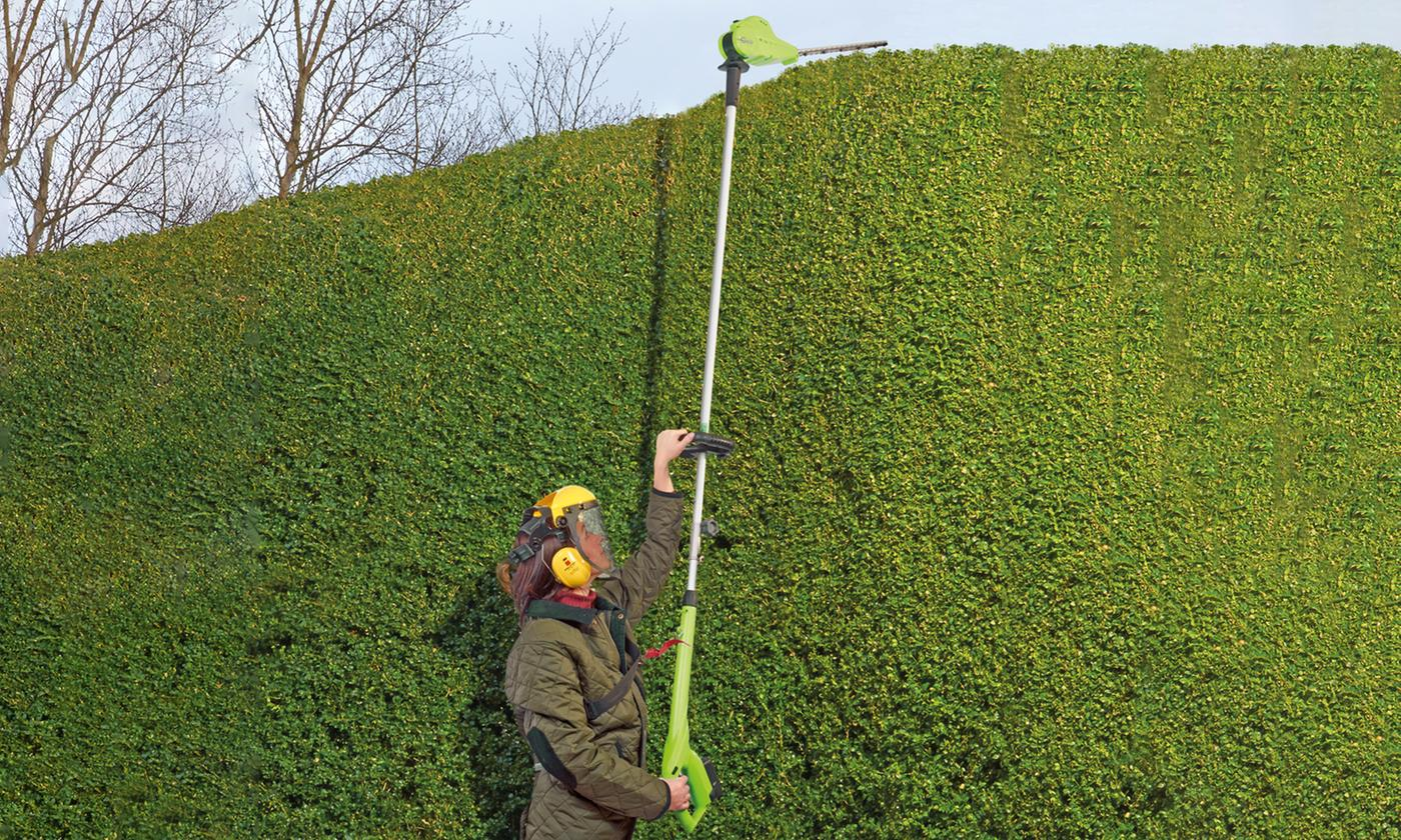 Telescopic Cordless Lithium-Ion Hedge Trimmer With Free Delivery