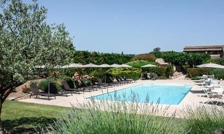 Luberon : chambre double avec terrasse ou suite avec pdj, vin et accès bien-être au Mas de la Sénancole pour 2 personnes