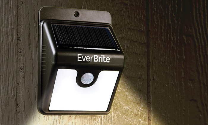 Emson Inc: EverBrite Solar-Powered Motion-Activated LED Light (Shipping Included)