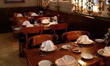 Menú para dos con entrantes, principales, postres y bebidas en Kudamm Edel (hasta 50% de descuento)