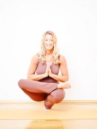 1 Monat Flatrate auf alle Yoga-Kurse im MahaShakti Yoga Studio (58% sparen*)