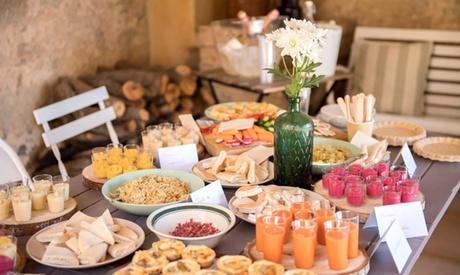Catering para 12 o 24 personas con 96 o 194 piezas desde 49,99 € en Con V de Vero Cakes & Catering