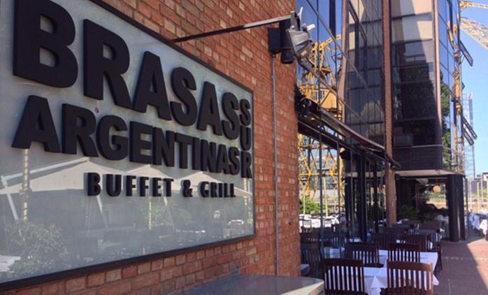 Desde $499 por almuerzo o cena libre + entrada + postre + copa de despedida para dos o cuatro en Brasas Argentinas Sur