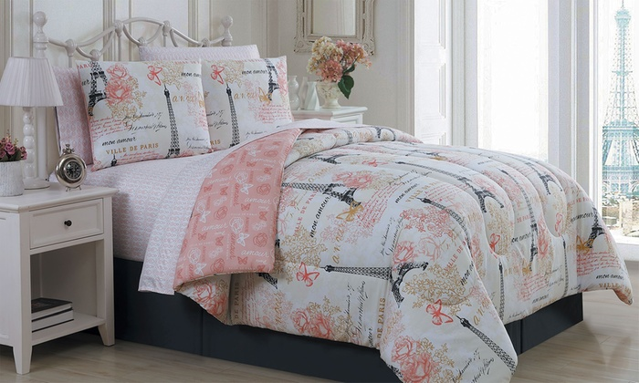 Paris Quilt Set (4  or 5 Piece) or Bed in a Bag Set (6  or 8 Piece