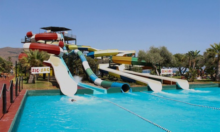 Entrada al parque acuático Aquatropic para niño, junior o adulto desde 9 €