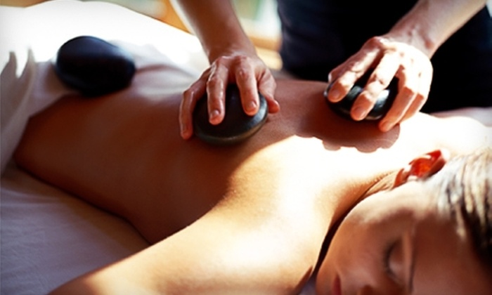 Awe Spa - Los Angeles: $55 for a 60-Minute Hot-Stone Massage and Aromatherapy at Awe Spa ($110 Value)
