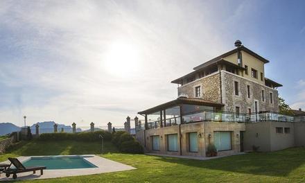 Ribadesella: 1, 2 o 3 noches para 2 con desayuno y opción a comida o cena en el Hotel Villadesella