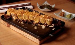 Entre Mares: Desde $439 por cocina fusión peruana-japonesa en 3 pasos + copa de despedida para dos o cuatro en Entre Mares