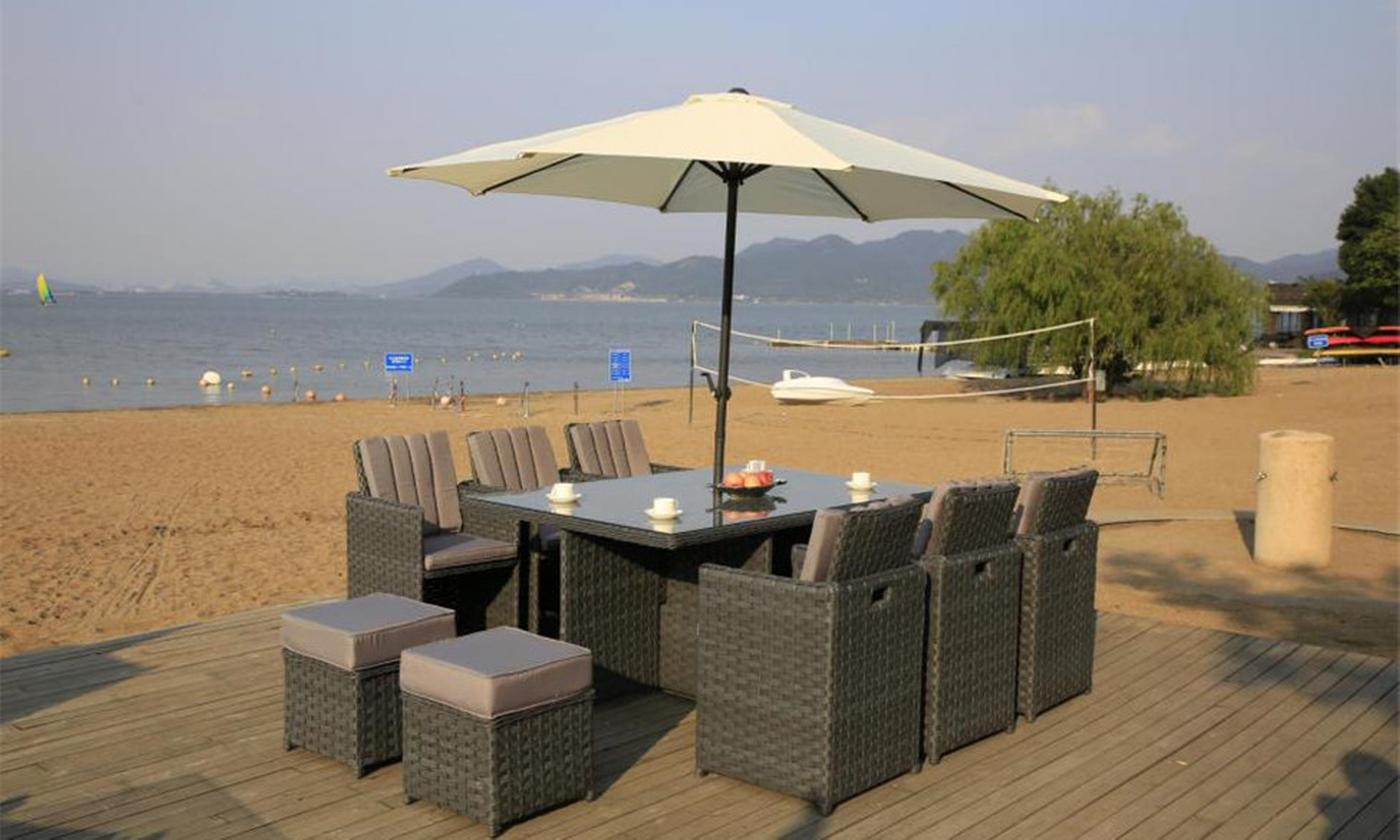 Eight- or Ten-Seater Yakoe Papaver Cube Dining Set with Rain Cover and Optional Parasol (£569.99)