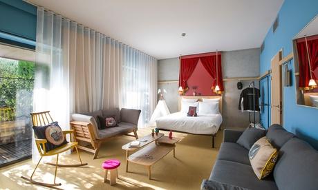 Lione: camera standard con terrazza o vista sul fiume e colazione opzionale per 2 presso MOB Hotel Lyon Confluence