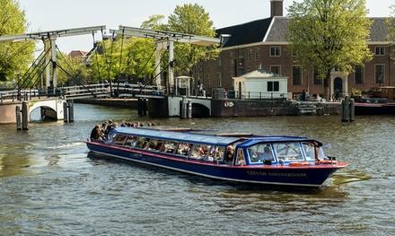 Amsterdam: ontdek de prachtige en historische hoofdstad met een rondvaart van 75 minuten met Blue Boat Canal Cruises