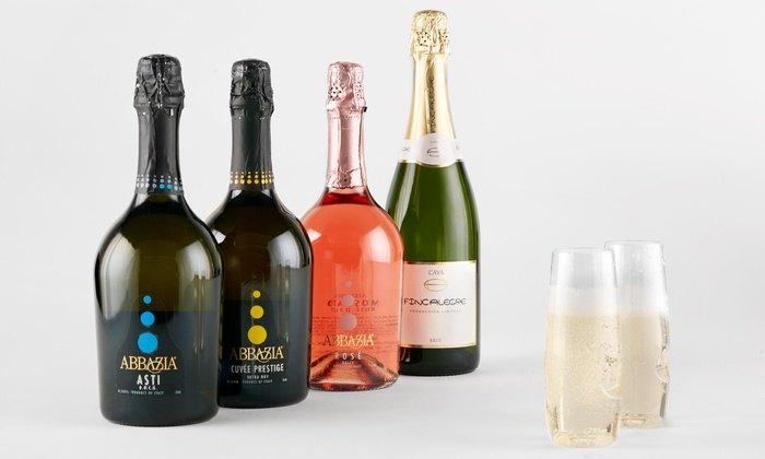 Wine Insiders: Four Bottles of Sparkling Wine with Two govino Flutes from Wine Insiders (68% Off)