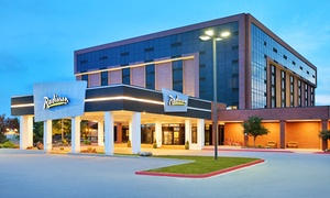 Stay At Radisson Hotel Denver Southeast In Aurora, Co, With Dates Into December