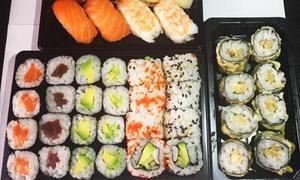 Aki Sushi: Bandeja de 40 piezas de sushi y 2 bebidas con opción a entrante para recoger o a domicilio desde 19,95€ en Aki Sushi