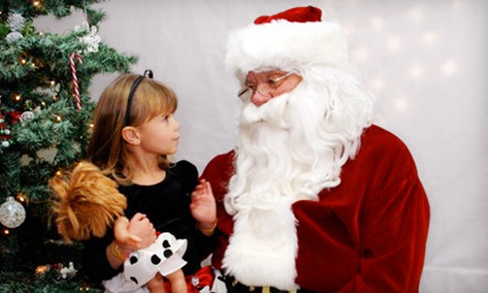 Sandyle Kids and Baby Boutique - Bolsa Verde,North Huntington Center: $19 for a Photo Package with Santa at Sandyle Kids & Baby Boutique in Huntington Beach ($39.95 Value)