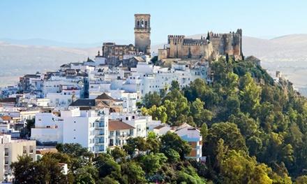 Cádiz: 1 o 2 noches para dos con desayuno y detalle en el Hostal Puerta de Arcos