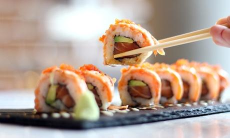 Exklusives Sushi-Paket mit Maki, Nigiri und Miso-Suppe bei Art Sushi