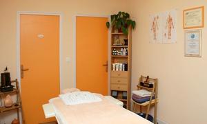 Emami Massage: Modelage du dos, nuque, mains, bras et drainage des jambes lourdes à 44,90 €chez Emami Massage