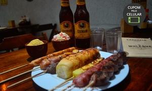 Espetinho Ah Muleque: Espetinho Ah Muleque - Guarulhos: espetos + cervejas de 600 ml (Eisenbahn ou Heineken) para 2 pessoas