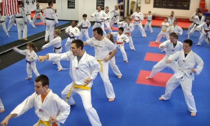 Grand Master Kim's Taekwondo - Bonner - Loring: $70 for 15 Tae Kwon Do Classes and Uniform at Grand Master Kim's Taekwondo in Bonner Springs ($149 Value)