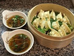 Chez Hao: 3 entrées, 2 plats, 1 accompagnement et 1 dessert pour 2 personnes à 29,90 € au restaurant Chez Hao