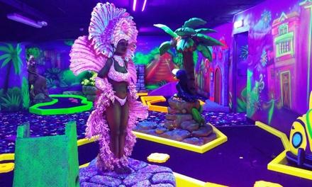 Glowinthedark minigolf en onbeperkt gourmetten bij Bowlingcentrum Dordrecht vanaf 2 personen