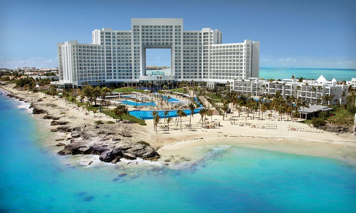 All-Inclusive Getaway with Airfare - Cancun: Five-Night All-Inclusive Stay at Hotel Riu Palace Peninsula in Cancún with Roundtrip Airfare from Travel by Jen