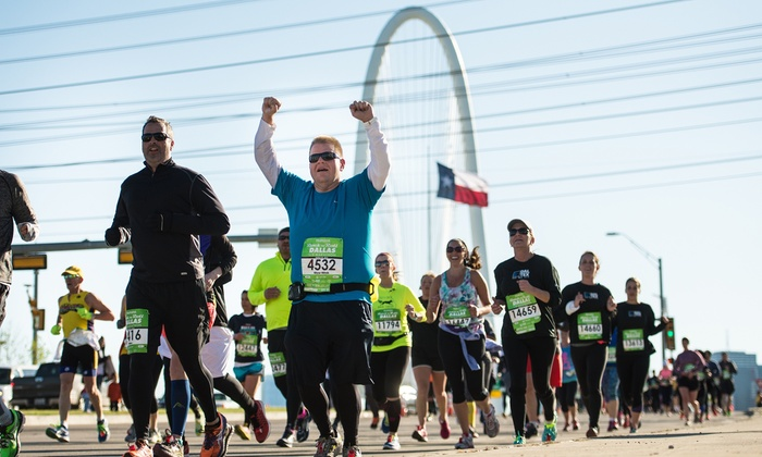 How to use Rock n Roll Marathon Series Coupons There is a Current Promotions section on the Rock n Roll Marathon Series website where you can find all their current offers in one place. You can also check their Facebook page for additional ones as well.