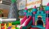 Acceso a parque de bolas infantil