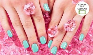 Uli Beauty – Unidade Paulista: Uli Beauty – Avenida Paulista: aplicação de unhas de gel ou acrigel + esmaltação (opção de banho de gel)