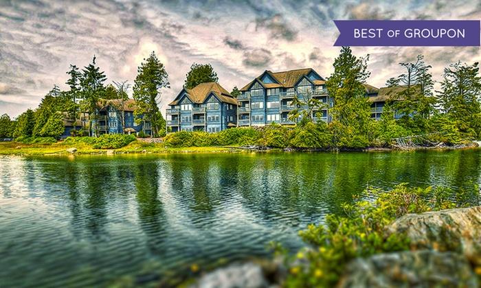 Waterfront Resort near Tofino on Vancouver Island
