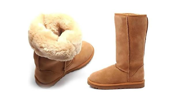 Bottes fourrées en cuir et peau de mouton Carla Samuel, plusieurs coloris disponibles à 39.90€ (78% de réduction)
