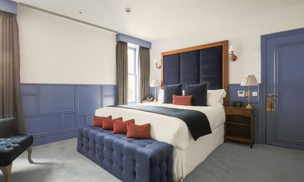 London (Soho): 1 or 2 Nights for Two with Breakfast and Wine at Leicester House