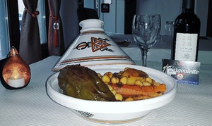 La Gargoulette: Couscous au choix et thé à la menthe pour 2 personnes, en semaine ou le weekend dès 34,99 € au restaurant La Gargoulette