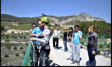 2 o 4 saltos de puenting hasta para cuatro personas desde 34,90 € con En Ruta