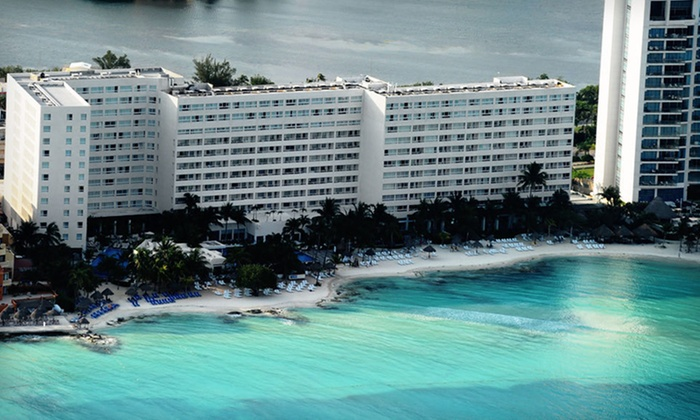 Grand Oasis Viva: Three- or Four-Night All-Inclusive Stay for Two in an Ocean-View Room