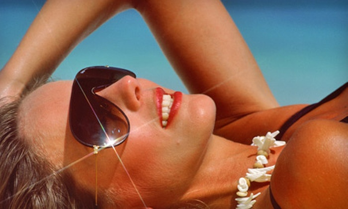 Hollywood Tans - Town Of Blake: One, Three, or Five Mystic Spray Tans at Hollywood Tans