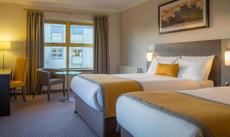 Co. Wexford: 1-2 Nights for 2 with Meals, Cocktail and Leisure Access at Maldron Hotel & Leisure Centre Wexford