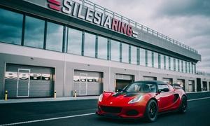 Silesia Ring Driving Experience: Przejazd autem wyścigowym marki Renault Clio Race od 190 zł i więcej opcji z firmą Silesia Ring Driving Experience