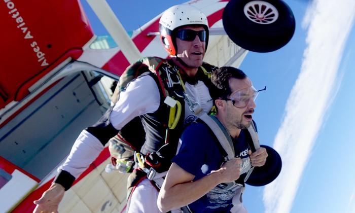 saut en parachute uzes