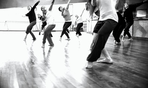 Studios Accento: Choice of 4 or 8 Group Dance Classes for One or Two at Studios Accento (Up to 75% Off)