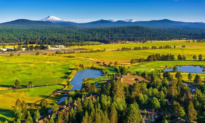 4-Star Resort in Foothills of Oregon Cascades