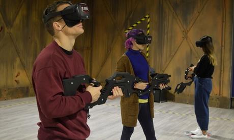 20 o 30 minutos de realidad virtual para hasta 6 personas en Vr Airsoft X Madrid (hasta 55% de descuento)